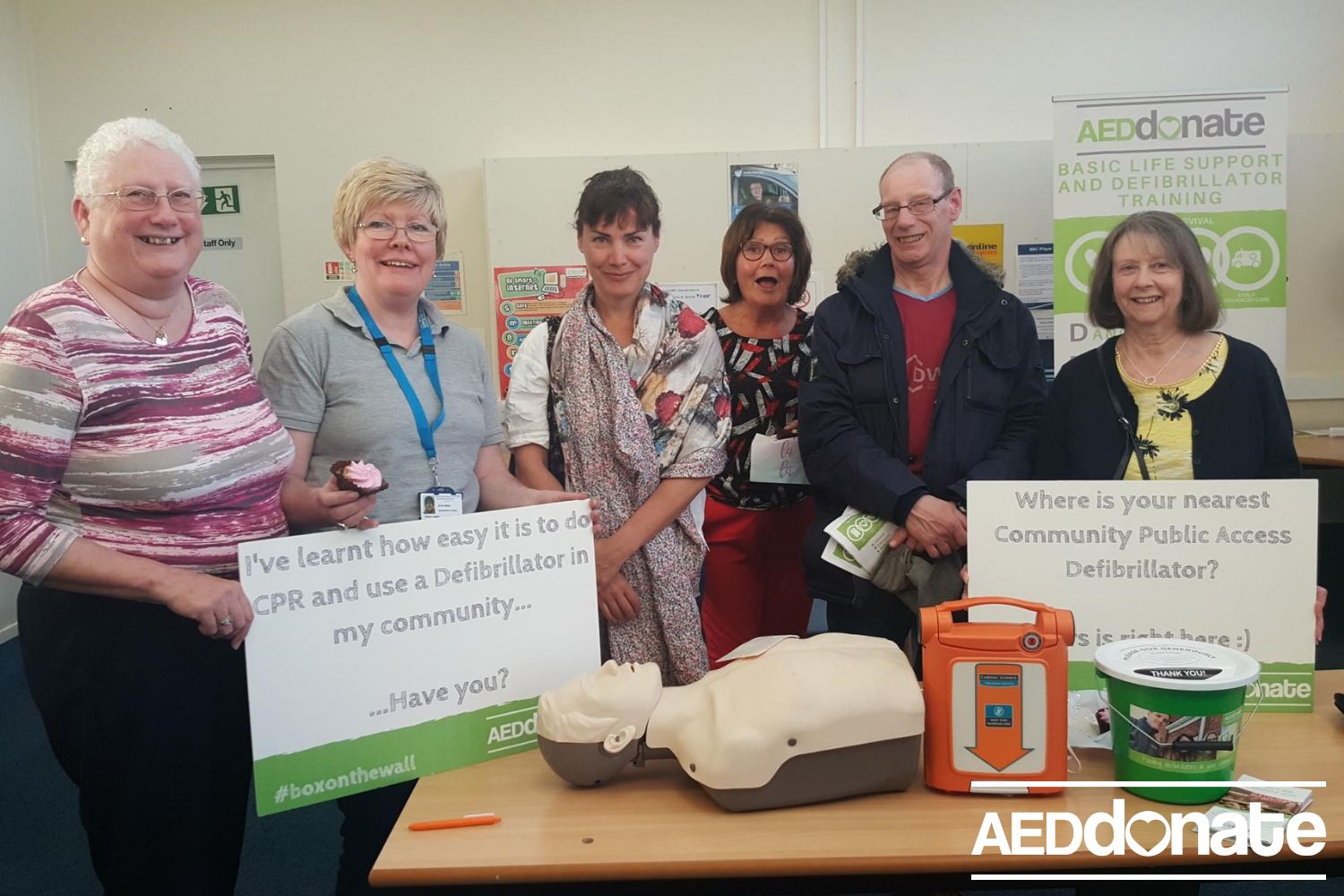 Defibrillator awareness training for Hednesford