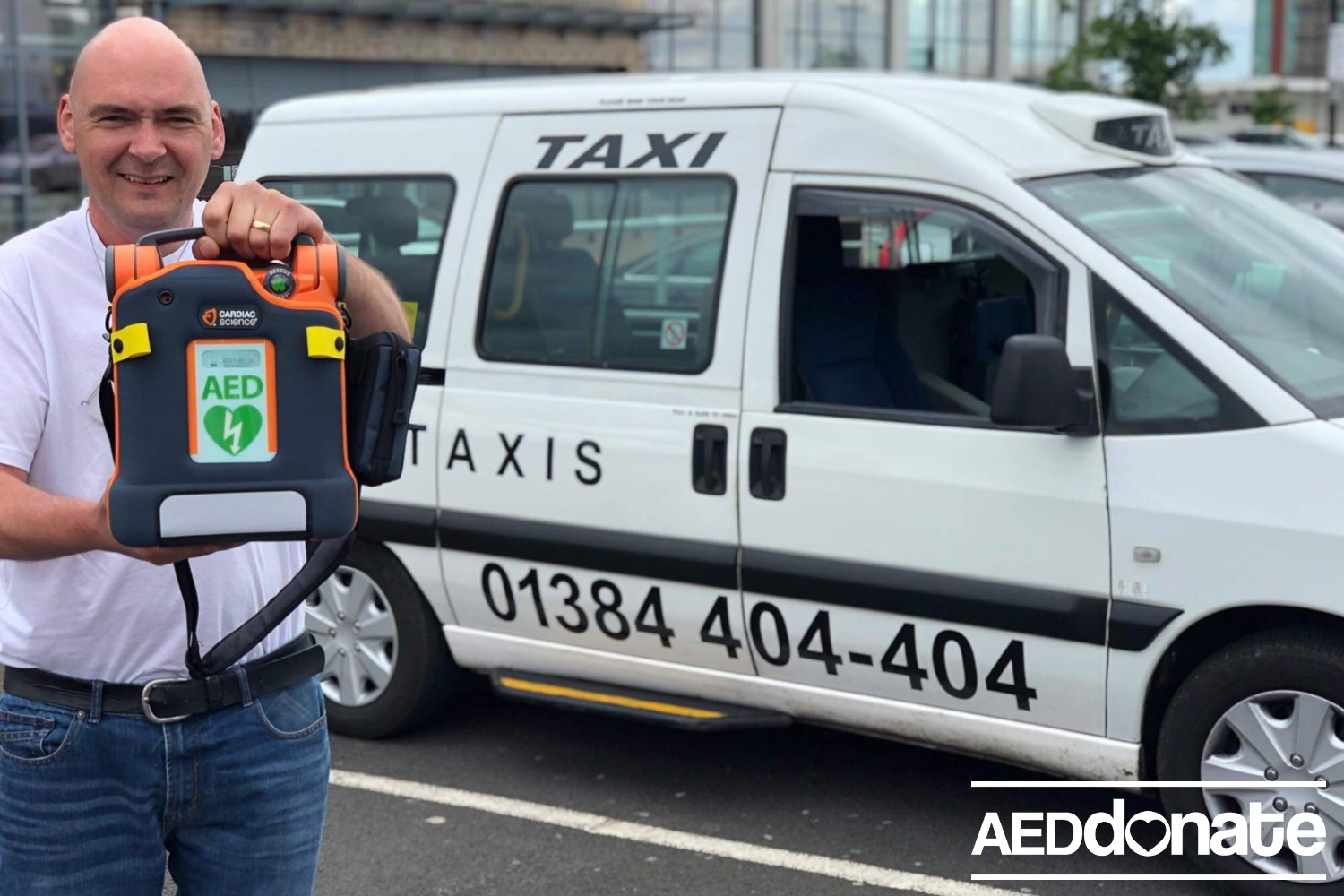 Taxi driver puts his community first