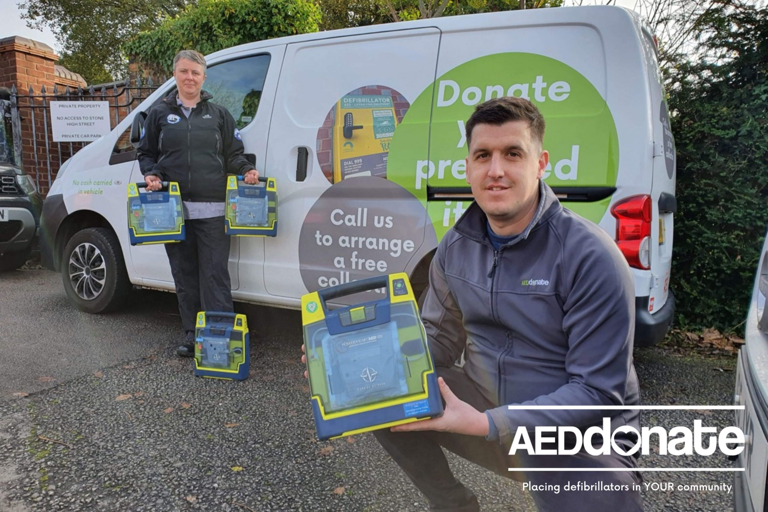 Buxton Mountain Rescue Donate AED's