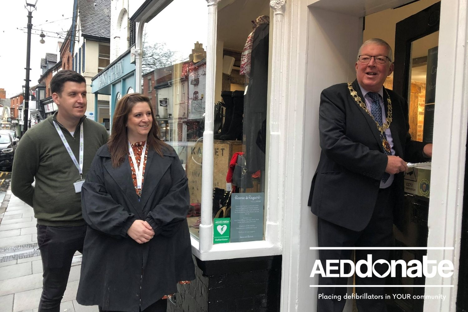AEDdonate opens 3rd Charity Shop!